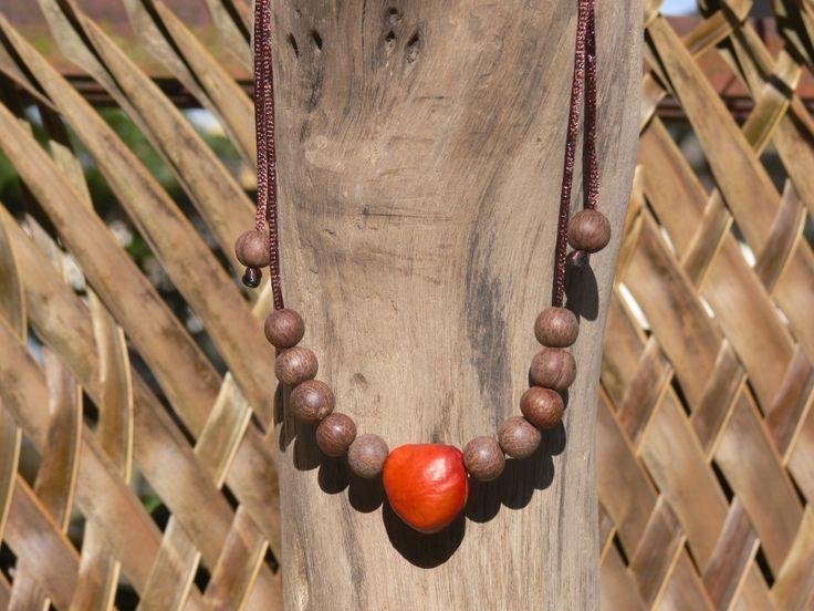 Cord necklace: Red Horse-eye bean - Acai