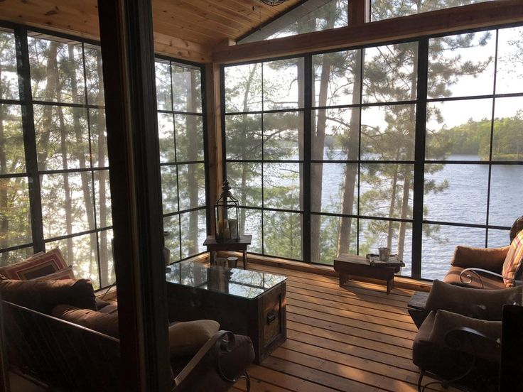 The view from my girlfriend's lake house : CozyPlaces