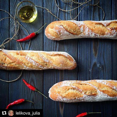 Давно мечтаю печь хлеб на закваске! Все вокруг уже вырастили себе это чудо, а человек-оркестр все зреет:) глядя на эту фотку от @lelikova_julia в очередной раз даю себе пинка! #phb_nyasa
