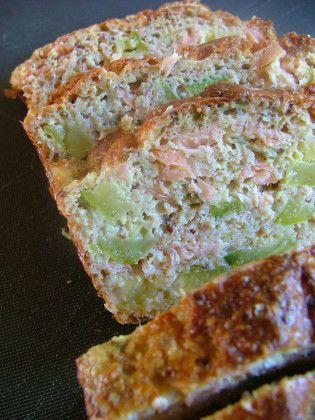 Cake saumon fumé courgettes ( réalisé avec du son d avoine et du son de blé)