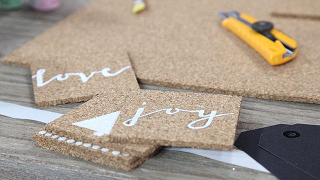 Hostess Gift - Holiday Coasters #DIY #Gift #Crafts