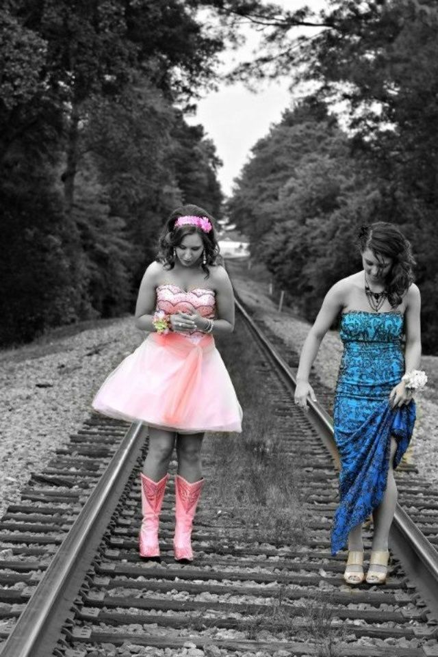prom picture ideas with best friend