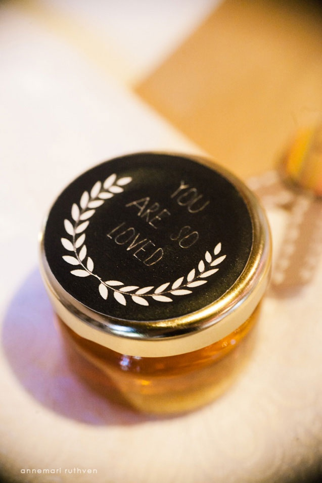 "Honey favors with verse - Psalm 119:103 (NIV) ""How sweet are your words to my taste, sweeter than honey to my mouth!"""