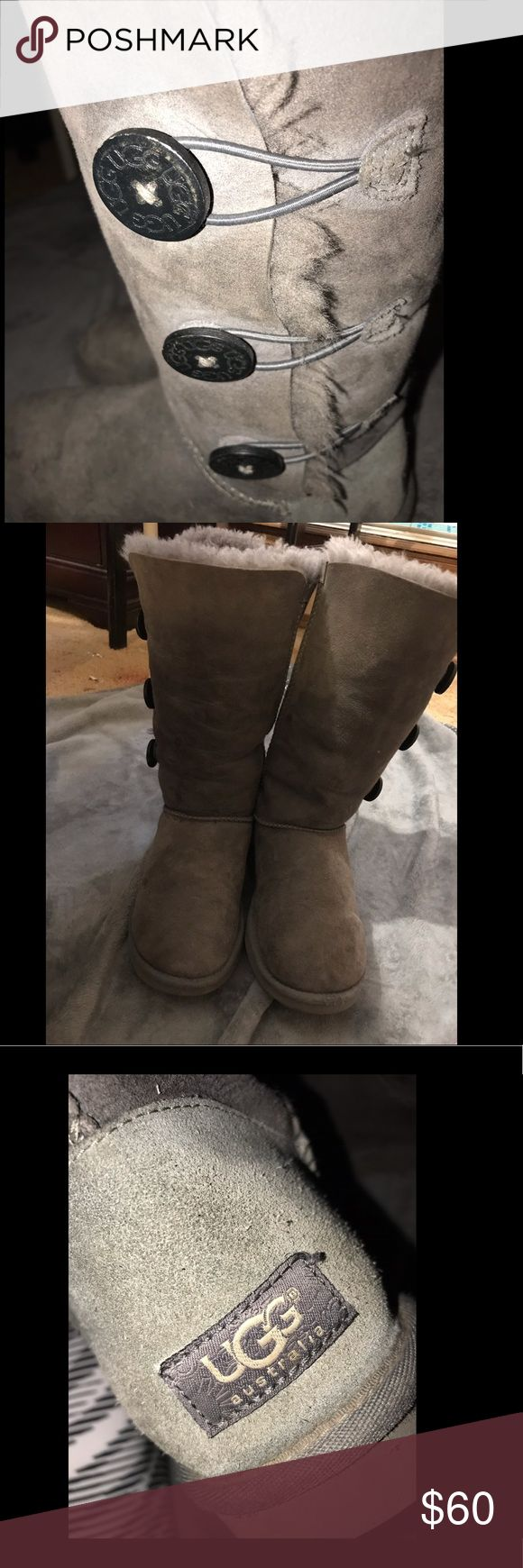 Size 8 Tall Grey Uggs worn a few times, some wear but overall in great condition! soft and warm for winter! UGG Shoes Winter & Rain Boots