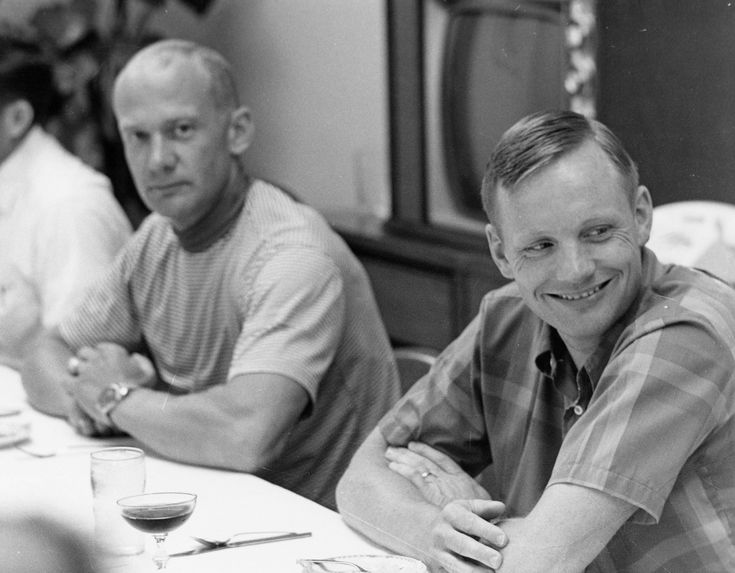 Neil Armstrong (foreground) and Buzz Aldrin during the pre-flight breakfast.    ap11-69-H-1122HR.jpg 2847×2220 pixels