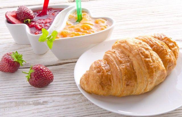 Croissant per la colazione: la ricetta vegana
