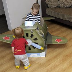 Об игрушке - Большой картонный самолет