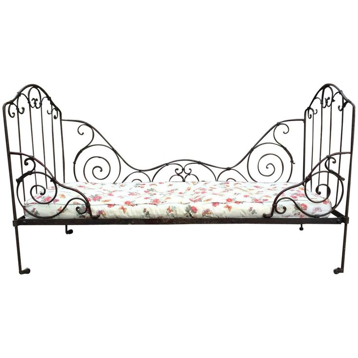 French Antique Victorian Daybed 19th Century Casters Wrought Iron | From a unique collection of antique and modern beds at https://www.1stdibs.com/furniture/more-furniture-collectibles/beds/