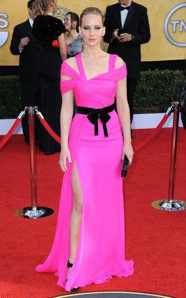 Jennifer Lawrence in Oscar de la Renta - Screen Actors Guild Awards January 2011