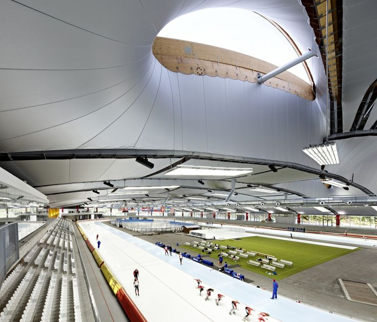 Inzell Speed Skating Stadium / Behnisch Architekten