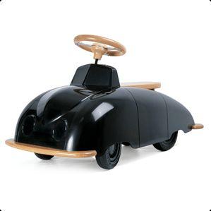 Fræk racer til børn fra Excel.  Playsam Roadster gå-bil har et retro og originalt design.