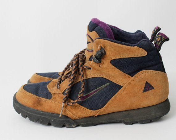 Reebok Hiking Shoes Boots 90s Womens 7.5 90s