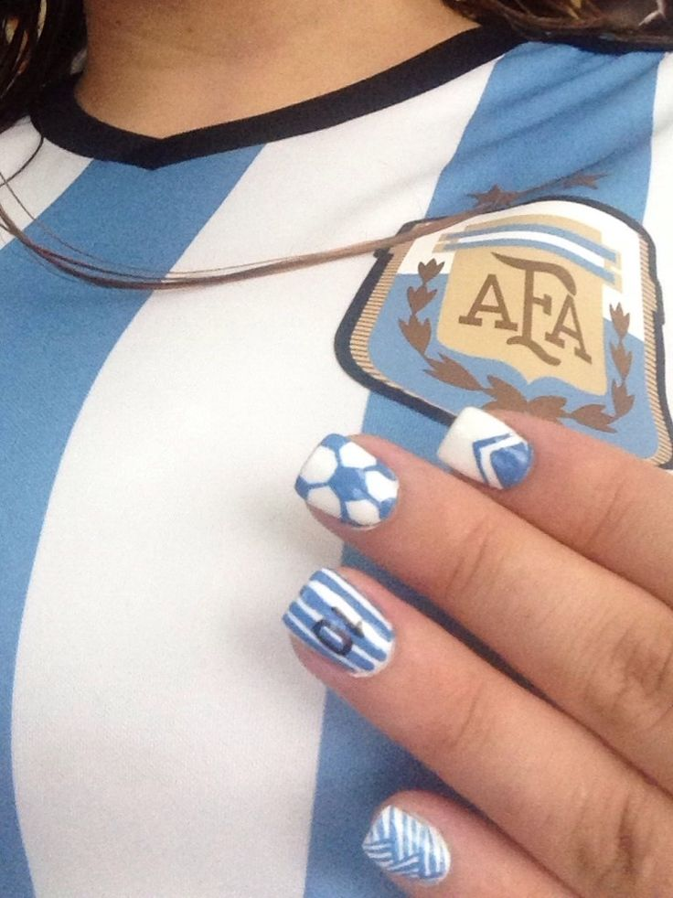 Argentina fútbol soccer nails light blue and white