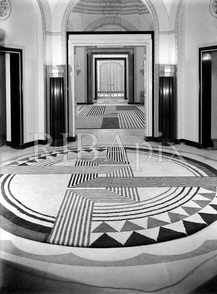 1932.  Claridge's Hotel, Brook Street, Mayfair, London: the hexagonal lobby with carpet designed by Marion Dorn.
