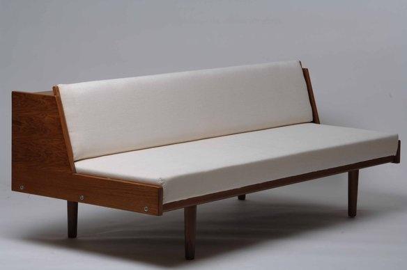 1950s Scandinavian sofa: 1950S Scandinavian, Scandinavian Furniture, Referensi Daybeds, Scandinavian 1950S, Danishes Furniture