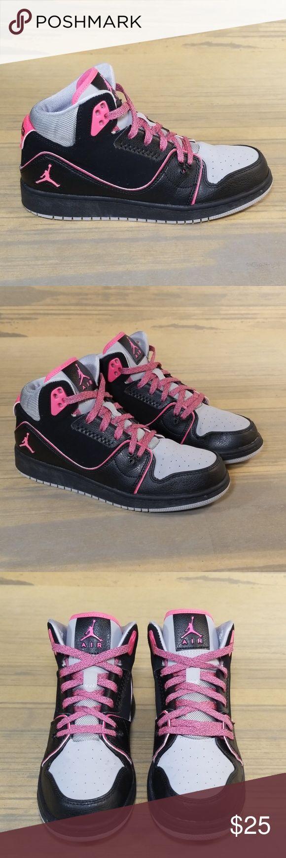 Nike Air Jordan 1 Flight 2 Nike Air Jordan 1 Flight 2   *Size 6Y *Preloved  *Sho…