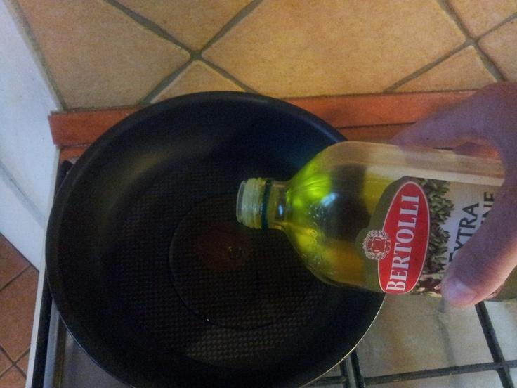 Olaj a serpenyőbe...