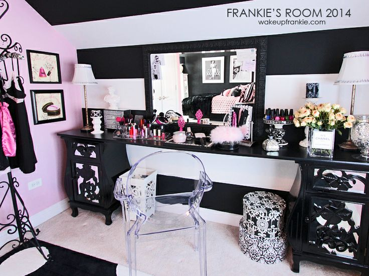 Frankie Room Frenchie Collection Beauty