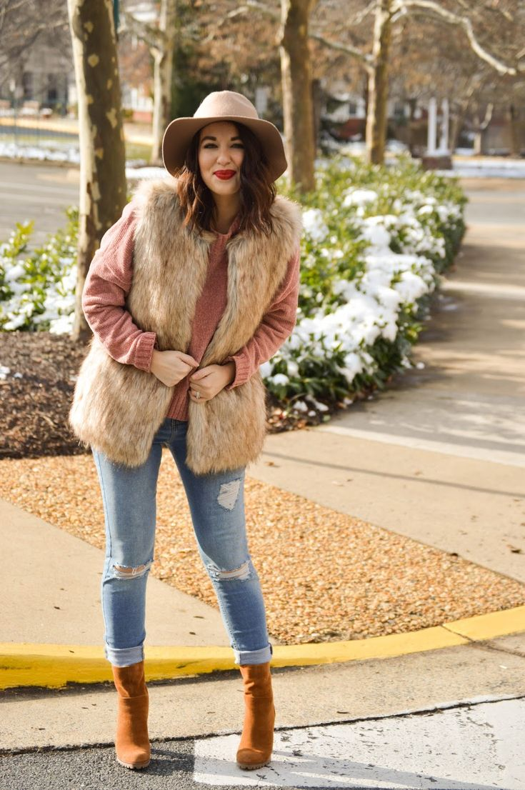 Chenille & faux fur vest on Rosy Outlook today! www.rosyoutlookblog.com chenille, fur, vest, topshop, nordstrom, sock booties, blush, holiday, outfit, winter, style