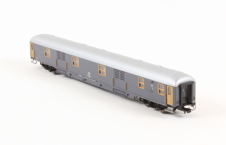 HR4224 Carrozza Bagagliaio UIC-X 1970, livrea grigio ardesia, FS New Price: 49.90 €  Buy now online http://www.hornby.it/hr4224.html