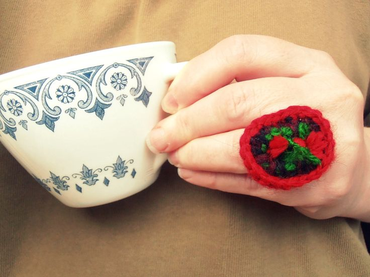 Free crochet pop tab ring by ntintimania on Etsy