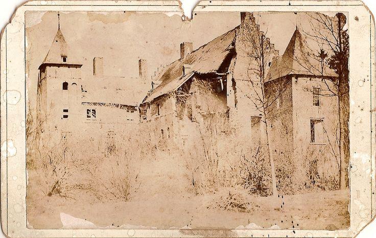 Kasteel Asten ca 1894 Vlak voor de instorting van het middenschip