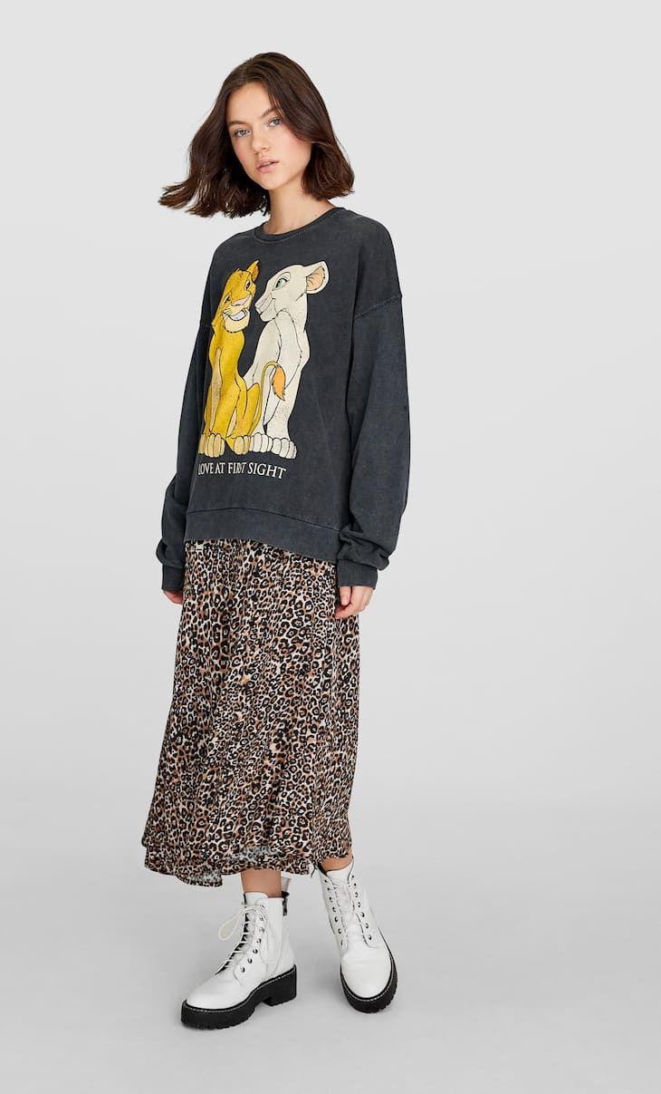 The Lion King Sweatshirt Women S Null Stradivarius Leban Sweatshirts Women Sweatshirts Lion King [ 1207 x 730 Pixel ]
