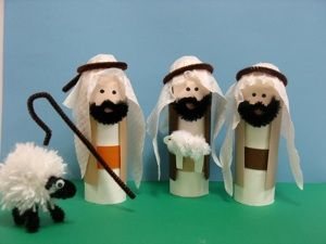 Toilet paper nativity - we go thru enough of these - could make the entire town of Bethlehem!!