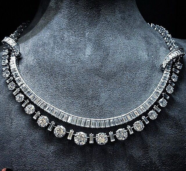 Necklace diamonds