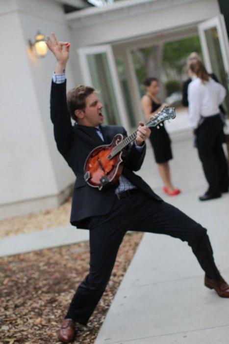 Bo Rinehart, because sometimes you just need a cute dork. needtobreathe on mandolin