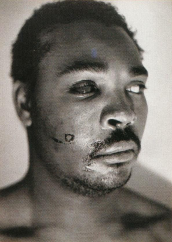 Rest in peace Rodney King!    Rodney G. King, whose beating in 1991 by the police was captured on video and led to riots in Los Angeles the next year after officers involved in the case were acquitted, was found dead early Sunday in his home, police officials said. #rodneyking #obituary #blackandwhite #losangeles #losangelesriots