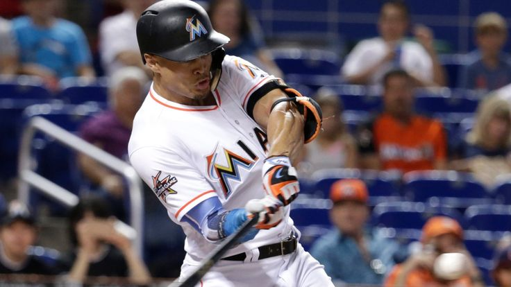 The Associated Press   Miami Marlins all-star slugger Giancarlo Stanton homered in his sixth consecutive game when he hit his 44th home run off San Francisco Giants' left-hander Madison Bumgarner on Tuesday night. Stanton has hit 10 home runs in his last 11 games, and 23 in the last... - #Baseball, #CBC, #Hitting, #Homers, #Marlins, #Rumours, #Sports, #Stanton, #Trade, #World_News