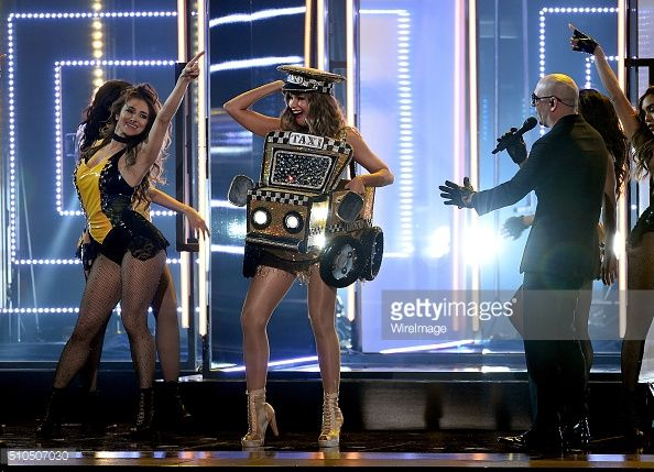 Singer #Pitbull, last night brought a #dancehall classic to the stage of the 58th #GRAMMYS