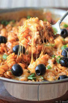 """Diaporama """"TROP FACILE : 15 plats facon 'ONE POT'"""" - ONE POT façon pâtes sauce enchilada"""