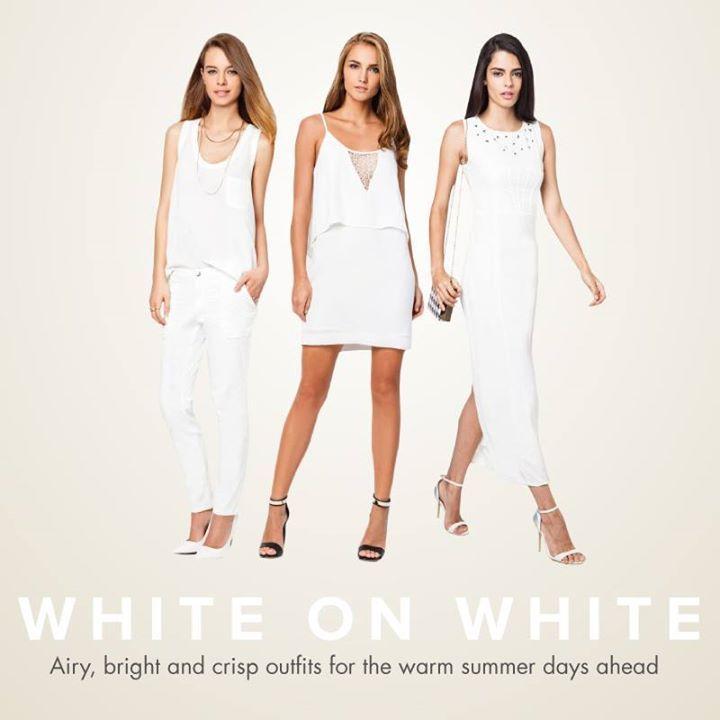 White is the new black this season!  今個夏季試下一個純白造型!  Shop Here > http://zlrahk.com/1jNIGEW