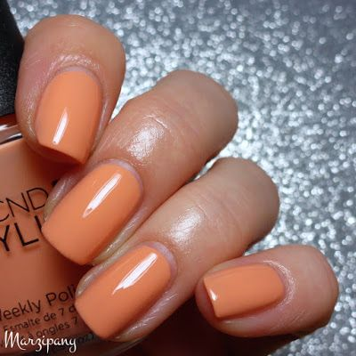 cnd vinylux shells in the sand