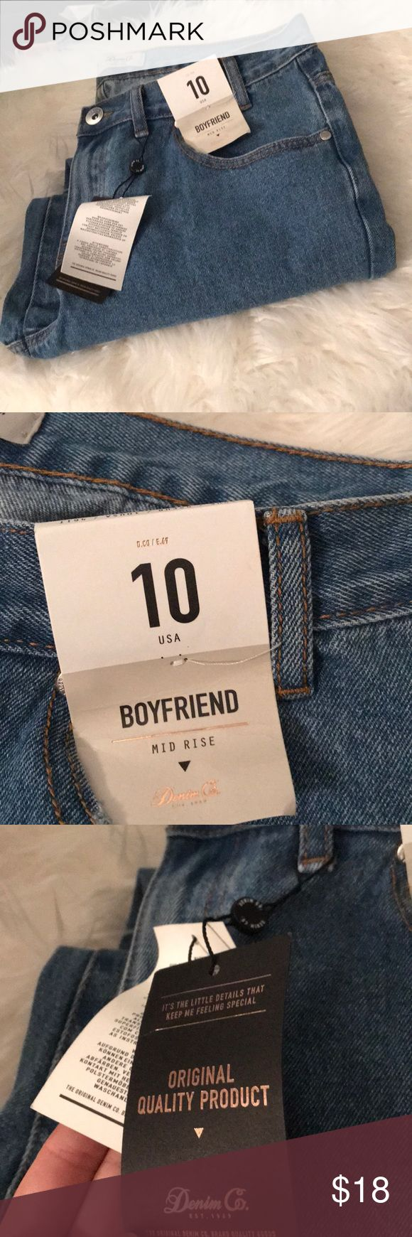 Primark boyfriend jeans Feels and looks just like LEVIs. Never worn- new with tags. NOT URBAN OUTFITTERS Urban Outfitters Jeans Boyfriend