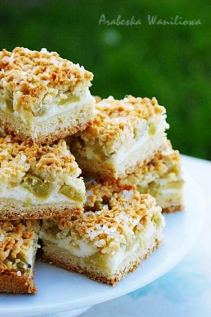 Arabeska: Kruche ciasto serowo-rabarbarowe