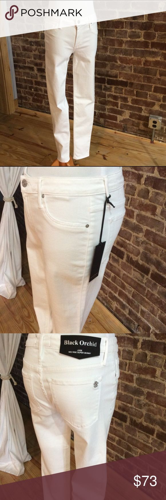Black Orchid Jude MidRise Super Skinny in White (this is more of a creamy white rather than a bright white) Black Orchid Jeans Skinny