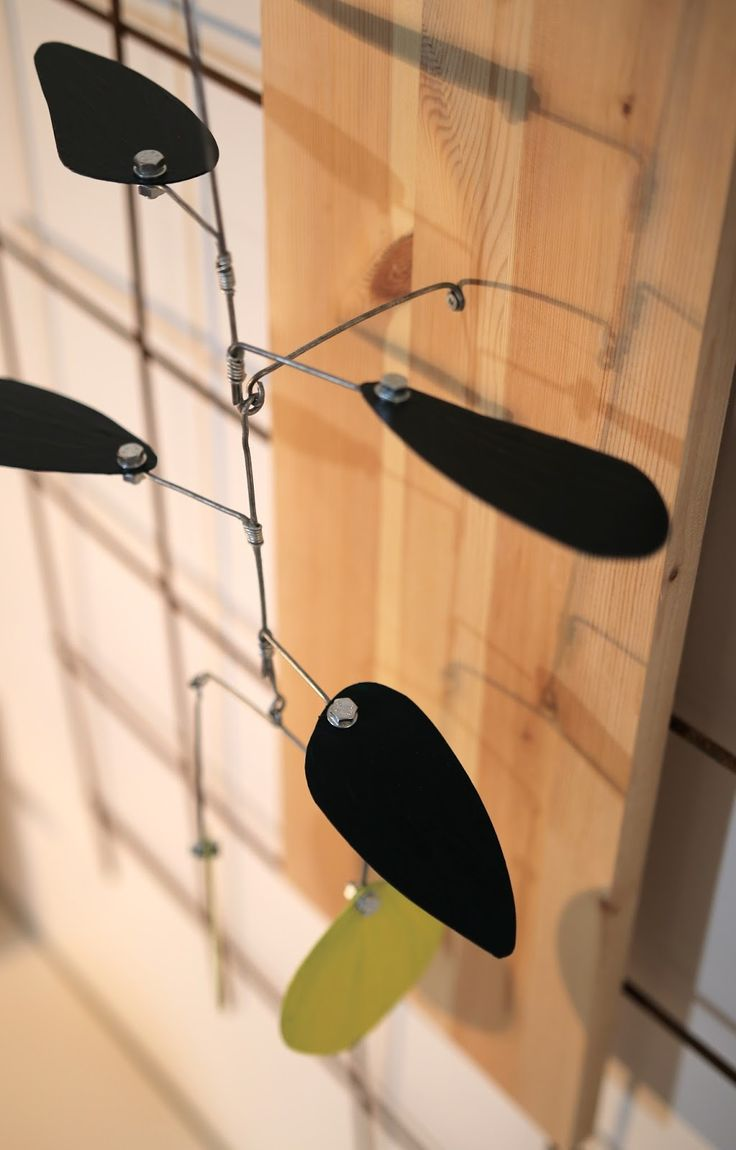 Wire in the City: Fruitylicious  Lemon tree/plant mobile. Contains 2 lemons and 5 leaves. Wire, steel, paint.