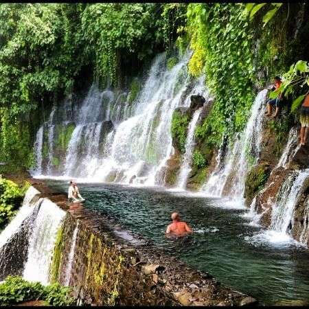 Chorros de la Calera, Juayua, El Salvador: one of the swimming holes with the jump
