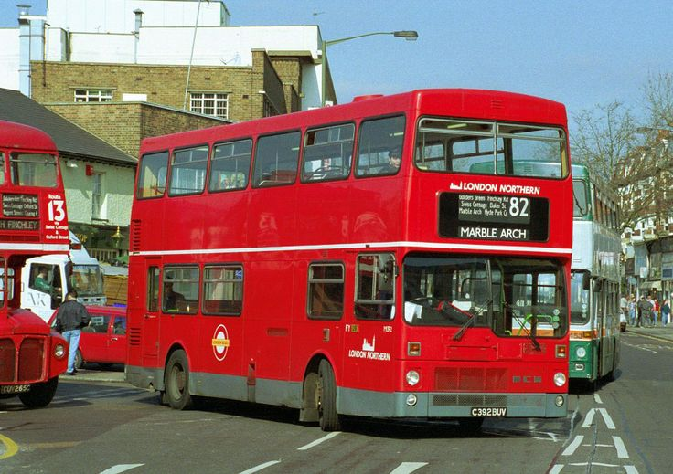 Route 82, London Northern, M1392, C392BUV, North Finchley