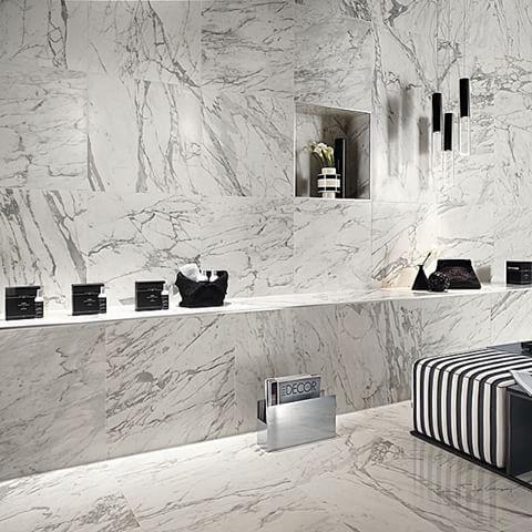Nyhet! marmorliknande klinker i Matt, riktigt snygg! #serie #shining #marmor…