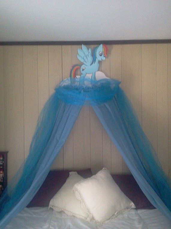 Little Pony Canopies For Childrens bedrooms by CanCreate on Etsy, $120.00 . Something like this for Lauren's room?