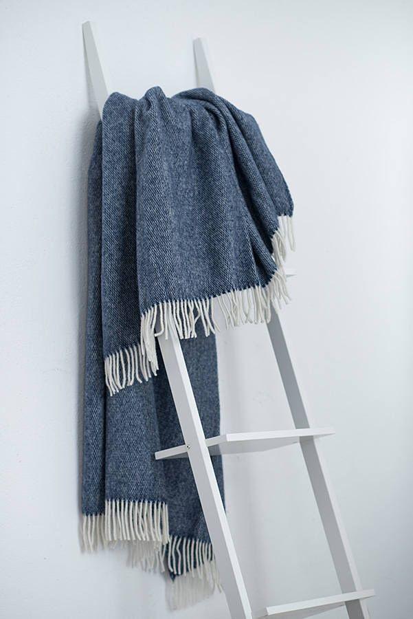 Blue throw blanket,  Wool Throw, Sofa throws, Wool blanket, Bedspread Throws for sofa, Throw blanket by ImComingHomeToYou on Etsy https://www.etsy.com/au/listing/513804364/blue-throw-blanket-wool-throw-sofa
