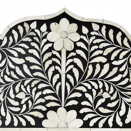 Flower mosaic mirror from Mollyshome.com
