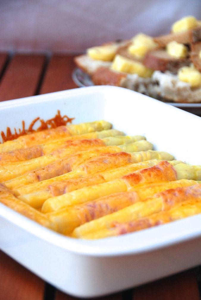 Špargľa (chřest) - ako na to - tipy, návody, 3 recepty. Krémová polievka (zo zbytkov), zapečená špargľa, príloha k pečenému mäsu a zemiakom...
