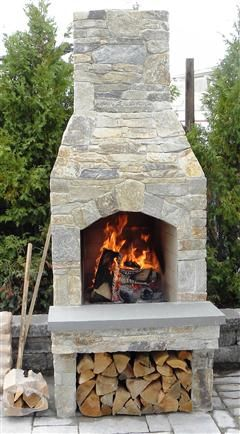 Gas outdoor fire pit and Fire pit without gas