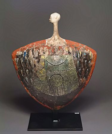Etiye Dimma Poulsen's striking ceramic works fast-track African, Greek, South American and Asian effigies from ancient times to today, while preserving every iota of their eminence and integrity. Nicely done. Etiye-Dimma-Poulsen.jpg-376px-450px