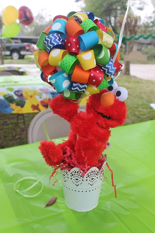Elmo centerpiece made out of ribbons